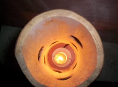 lampara lampara de tiki bambu,madera,palo de mango grabado y quemado,